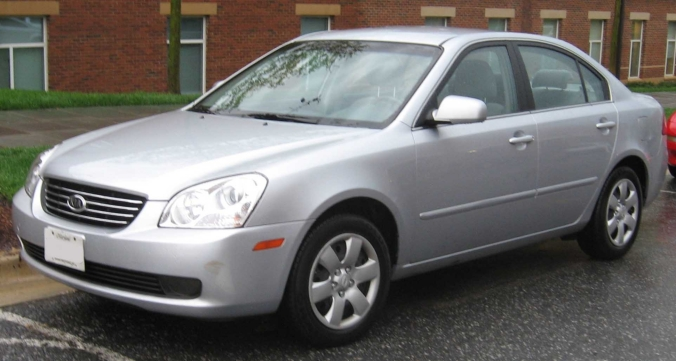 2008-Kia-Optima-LX-3